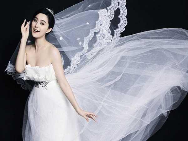 Mơ thấy áo cưới đánh con số gì?