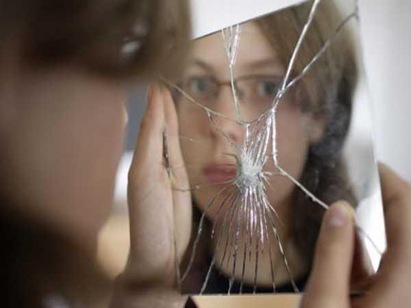 Gương vỡ sẽ mang đến điềm báo gì?