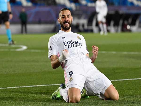 Tin chuyển nhượng tối 16/3 : Benzema công khai mong muốn ở lại Real