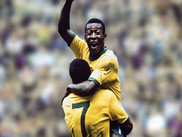 Top 5 huyền thoại bóng đá thế giới vĩ đại nhất lịch sử