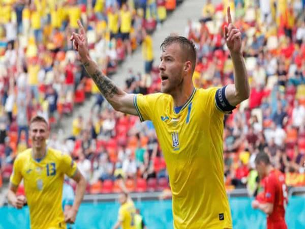 Tin bóng đá 3/7: ĐT Anh cảnh giác trước SAO Ukraine tại tứ kết
